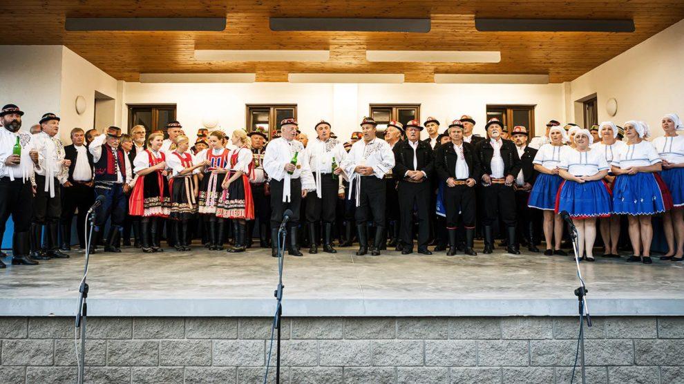 Folklór: 04.09.2021 Předhodové zpívání sborů v Šardicích